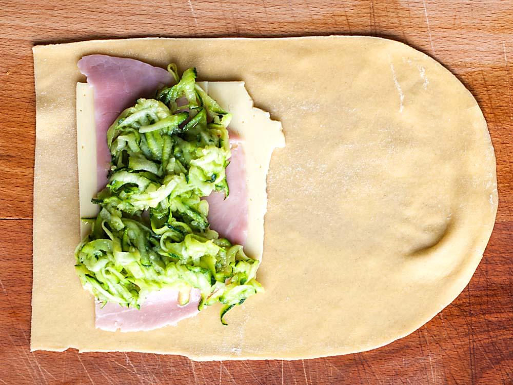 Preparing pasta rolls